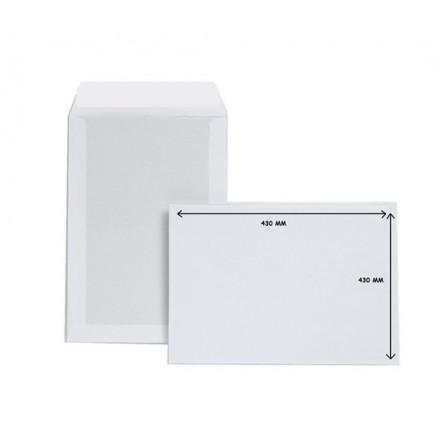 Zakomslag met kartonnen rug 320X420 wit + strip (100)