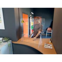 Baliescherm Jalema 75x80cm met doorgeefluik 25x15cm transparant